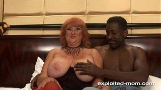 Amateur Mom Big Boob red head milf fucking black cock Mature Big Tits Video