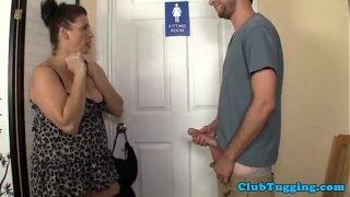 Mature busty stepmom gets a taste of stepson – XVIDEOS.COM 2