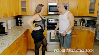Mature Madisin Lee in Cooking For Step mom