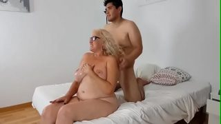 Mrs Final loves having lots of cum all over her mature tits