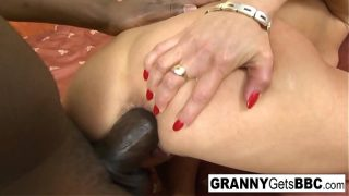 The hottest grannies getting BBC